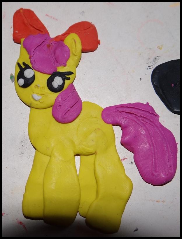 Apple Bloom my little Pony aus Knete