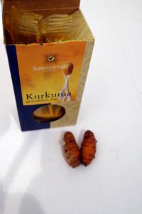 Bio-Kurkuma-und-Pulver